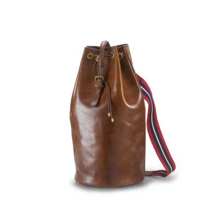 T07 - Vertical duffle bag