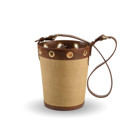 W01 - Large bucket bag in raffia