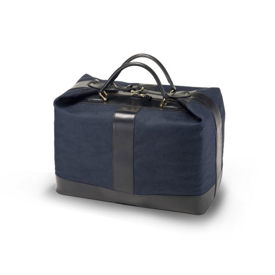 T02 - Travel bag