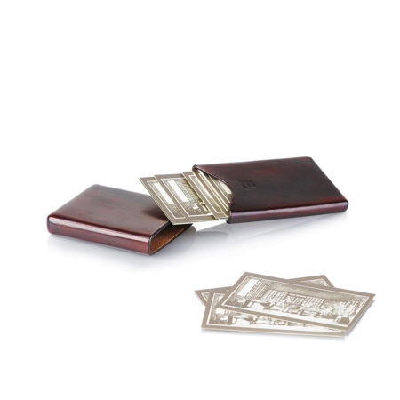 A20 - Closed business card holder